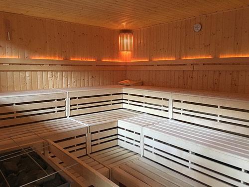 Unsere große gemischte Sauna
